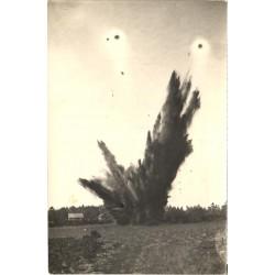 Plahvatus põllul, eesti...