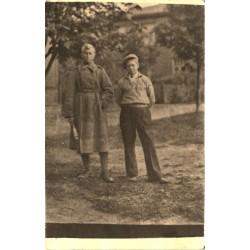 Saksa mundris mees vennaga,...