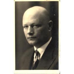 Kirjanik August Gailit,...